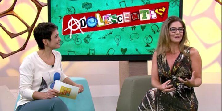 Adriana Fóz fala sobre as dificuldades de estudar na adolescência.